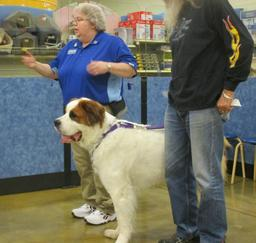 Penny assisting at PetsMart - 10JAN17