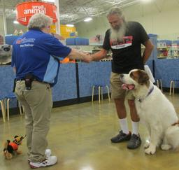 Penny assisting at PetsMart - 18SEP17