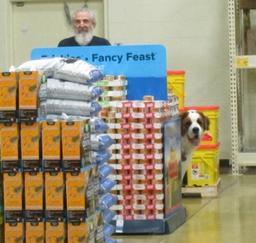 Penny assisting at PetsMart - 16FEB19